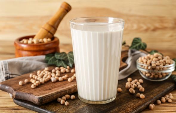 L'UE vieta l'uso di alghe quali arricchitori di calcio nel latte di soia bio